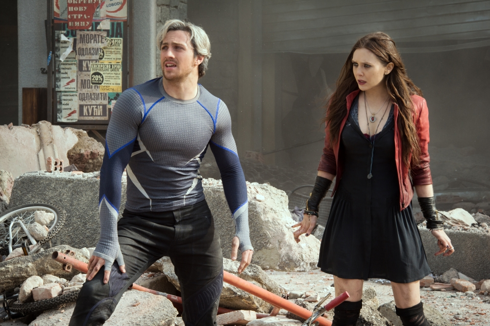 Marvel's Avengers: Age Of Ultron..Quicksilver/Pietro Maximoff (Aaron Taylor-Johnson) and Scarlet Witch/Wanda Maximoff (Elizabeth Olsen)..Ph: Jay Maidment..?Marvel 2015